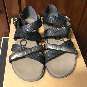Jambu black sandals